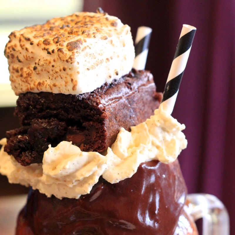 Muddy Pat Freakshake from Patissez