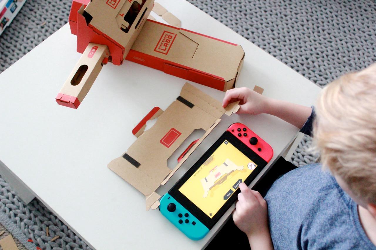 building toy-con Nintendo Labo